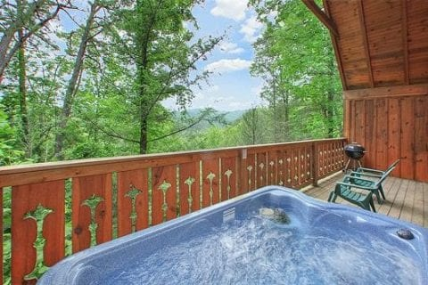 View from the hot tub at Cupids Dart cabin in Gatlinburg