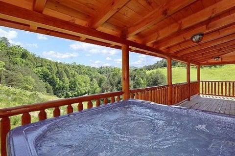Hot tub on the deck of the Stress Relief cabin in Gatlinburg.
