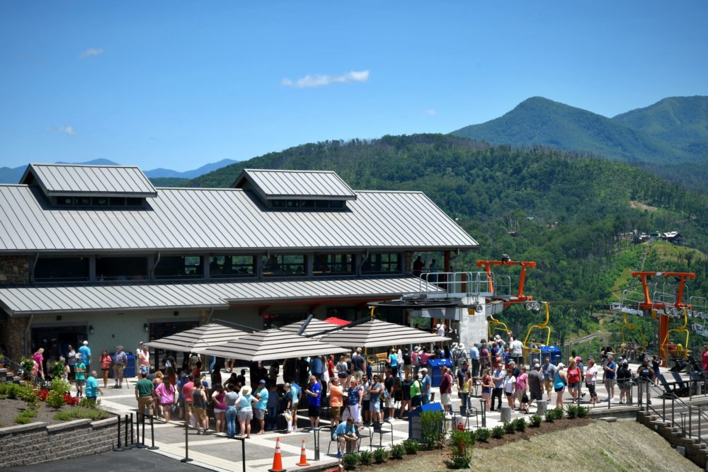 Top 4 Restaurants in Gatlinburg TN With Beautiful Views