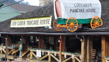 log cabin pancake house gatlinburg